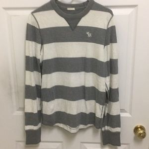 Abercrombie & Fitch Long Sleeve Crew Neck Tee